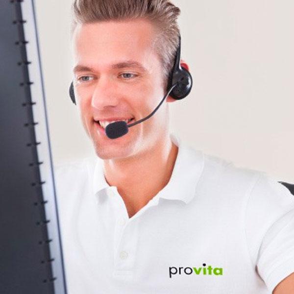 mitarbeiter der provita telefoniert mit kunden.